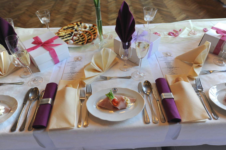2 Tipy Na Romanticka Mista Pro Vasi Svatbu Svejk Restaurant